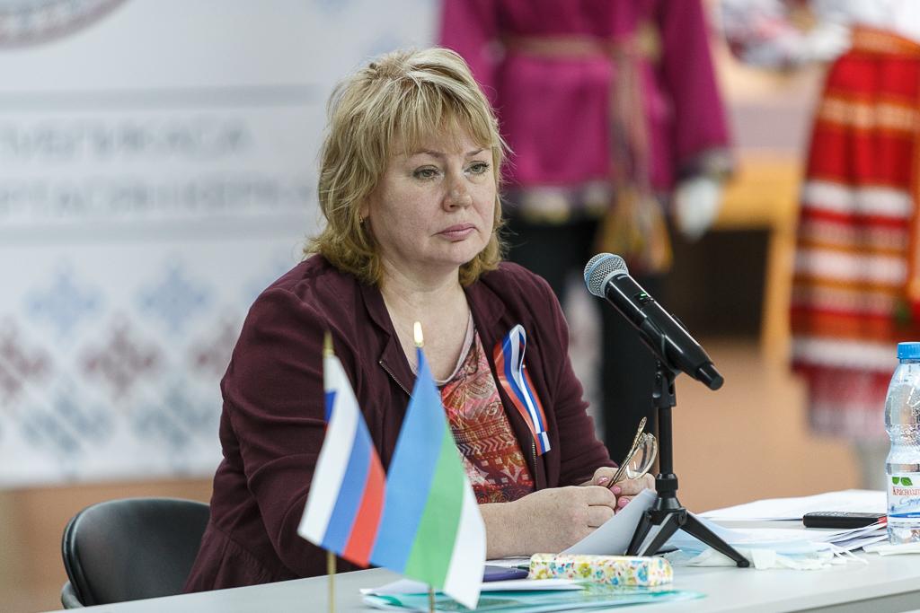 Владимир Уйба назначил Галину Габушеву министром национальной политики Республики Коми