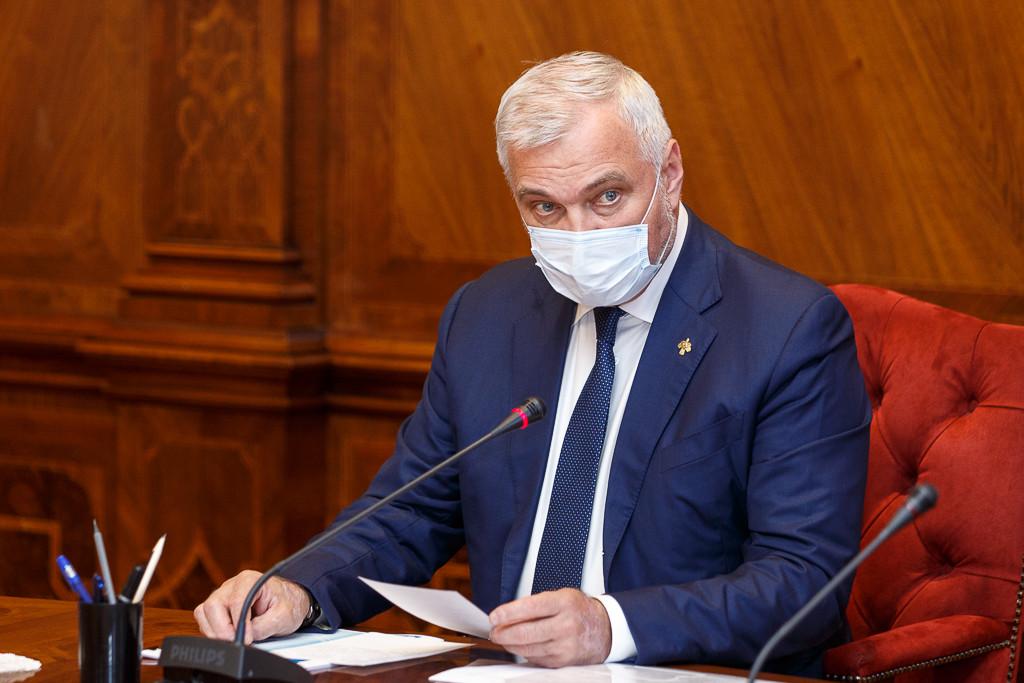 Жители Коми при появлении признаков ОРВИ должны незамедлительно обратиться за медпомощью на дому и соблюдать режим самоизоляции